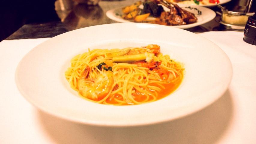 Spaghetti con gamberoni giganti